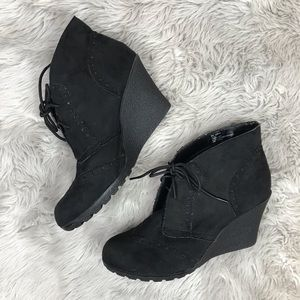 MIA 2 Black Suede Booties size 9